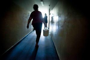 ZMK: staruszka do hotelu robotniczego. Bez wody, kuchni, �azienki