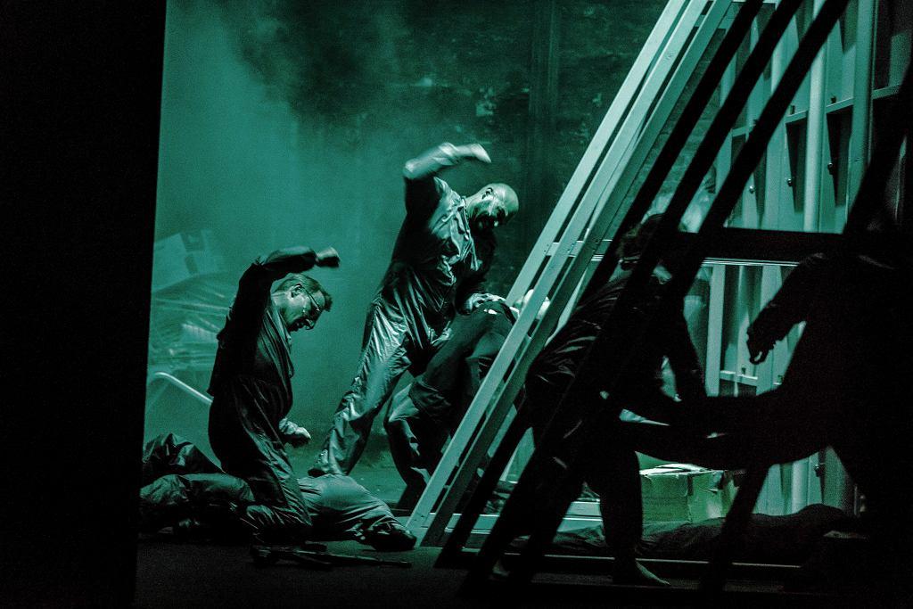 Spektakl '1984' w Teatrze Powszechnym, reż. Barbara Wysocka / .Krzysztof Bieliński