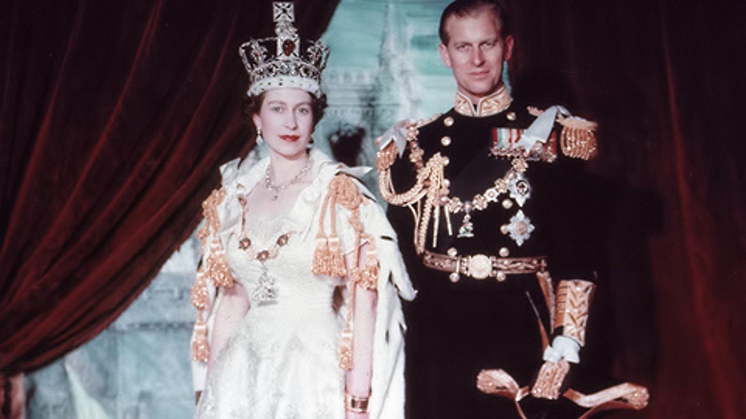 Elżbieta II i książę Filip tuż po koronacji, lipiec 1953 r.