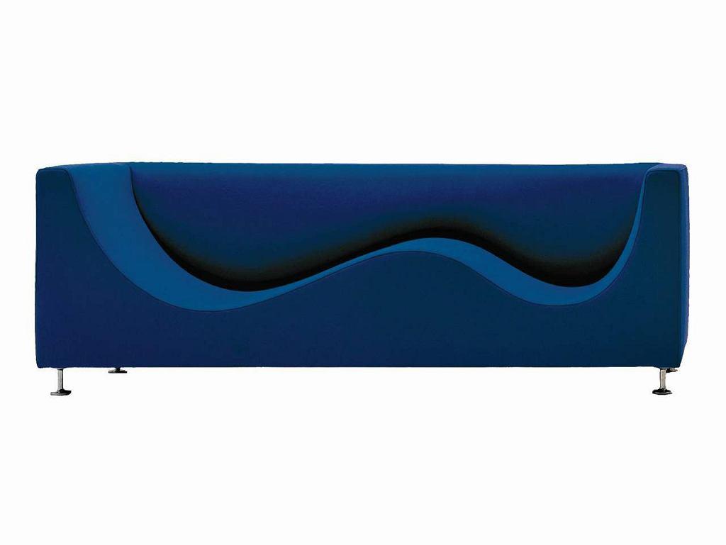 Na zdj�ciu przedstawiamy jedn� z serii trzech luksusowych sof. Inspiracj� do ich powstania by� kszta�t le��cego cz�owieka. kanapa jest bardzo wygodna. Mo�na na niej le�e� z nogami lekko uniesionymi do g�ry. producent: Cappellini