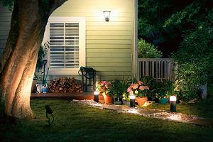 Jakie wybrać oświetlenie ogrodowe? Lampy, kinkiety, latarnie