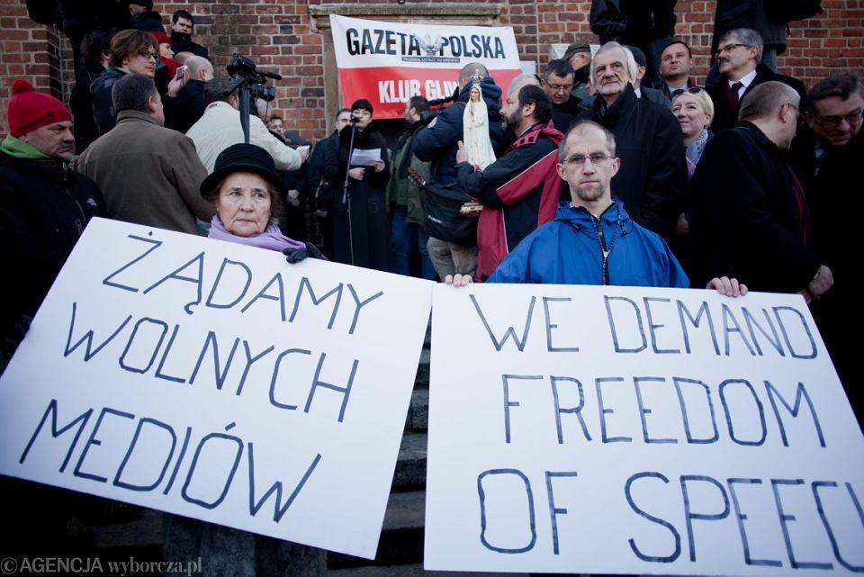 Demonstracja w obronie TV Trwam, Kraków, 4.03.2012