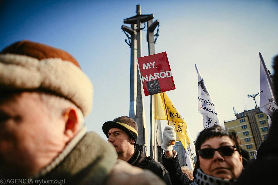 Wiec poparcia dla Lecha Wałęsy w Gdańsku