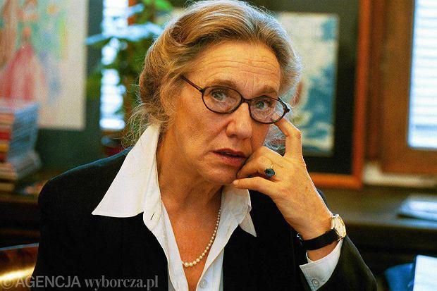 Maja Komorowska: aktorka, która pływa kajakiem po morzu - z16785676Q,Maja-Komorowska--2001