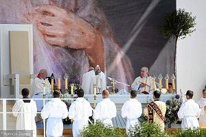 Kościół w Polsce: niezmiennie najbardziej pobożni katolicy mieszkają na wschodzie kraju