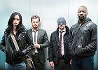 """Serial """"The Defenders"""". Związek marvelowskich superbohaterów: alkoholiczka detektywka, niewidomy prawnik, bogaty fircyk i czarnoskóry barman"""