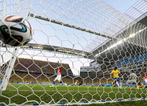 Barea podkreśla, że przyszłością jest szkolenie piłkarzy, którzy będą potrafili grać na różnych pozycjach