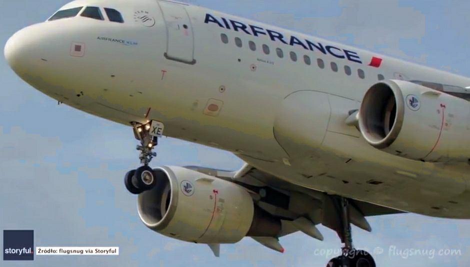 Dramatyczne chwile podczas lądowania przy silnym wietrze. Pilot w ostatniej chwili odszedł na drugi krąg
