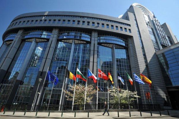 Eurolisty s�, partie mog� walczy� o 51 miejsc w europarlamencie