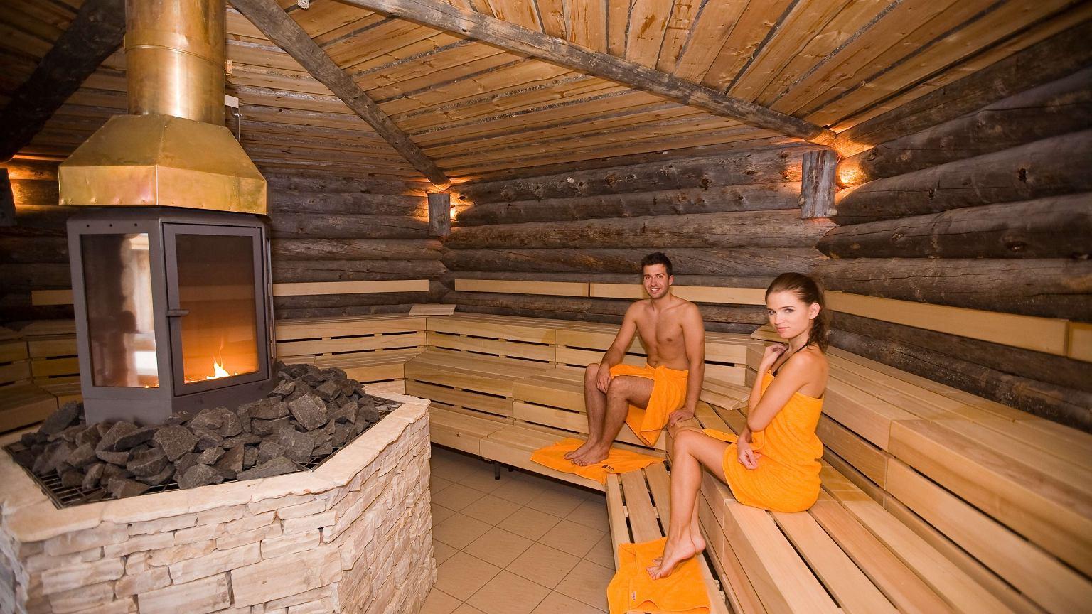 Sauna Versteckte Kamera