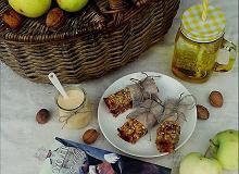 Batony owsiano- bakaliowe z jogurtem marchwiowo-pomarańczowym - ugotuj
