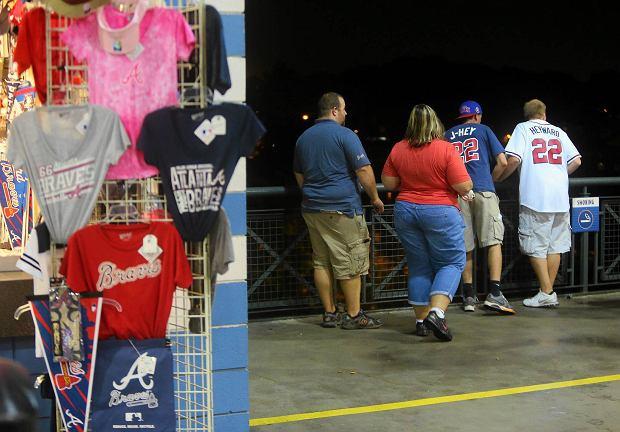 MLB. �miertelny wypadek na meczu baseballa. M�czyzna spad� z trybun