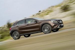Lexus i Mercedes wybierają Yokohamę