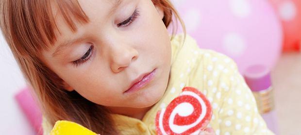 Alergia pokarmowa. Co jest najgorsze w sztucznym jedzeniu?