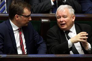 Kaczyński radził frankowiczom: Idźcie do sądów. Ilu go posłuchało? Ziobro ma pomysł, jak to sprawdzić