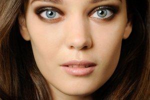 Wiosenne makijaż Max Factor: look prosto z pokazu