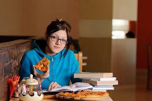 �ycie po studencku: jak od�ywia si� student, co robi w wolnym czasie?