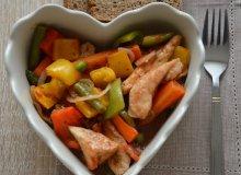 Leczo z indykiem i warzywami - ugotuj