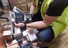 Policjanci kradli dowody: podróbki spodni, perfum i zegarków