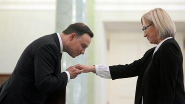 Prezydent Andrzej Duda i Julia Przyłębska podczas uroczystości zaprzysiężenia jej na prezesa Trybunału Konstytucyjnego. Warszawa, Pałac Prezydencki, 21 grudnia 2016