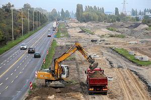 http://bi.gazeta.pl/im/0d/97/ec/z15505165M,Plac-budowy-Szczecinskiego-Szybkiego-Tramwaju.jpg