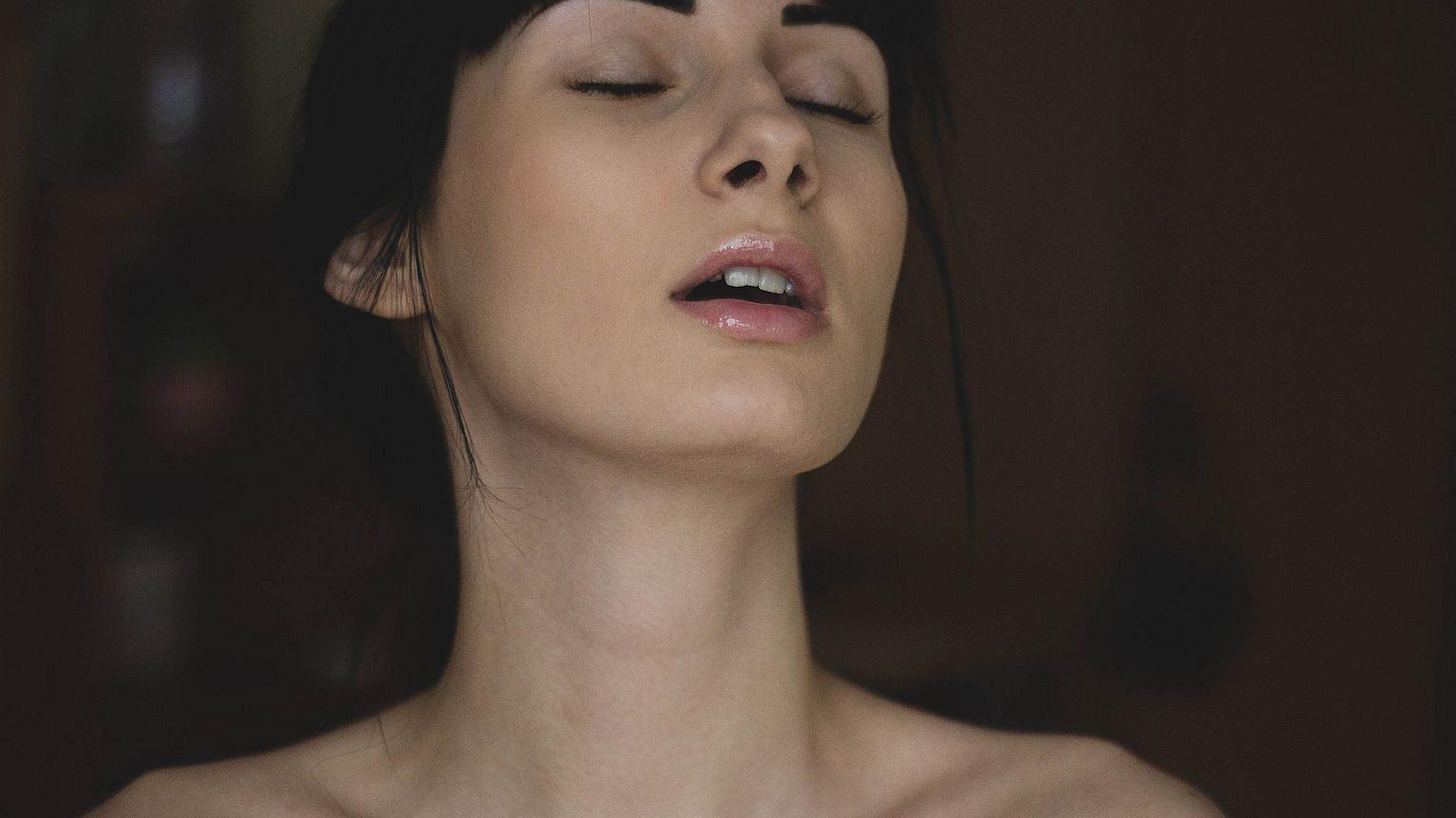 Polki coraz częściej przyznają się do swoich erotycznych fantazji