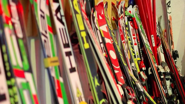 Dobór nart, wiązań narciarskich i kijków