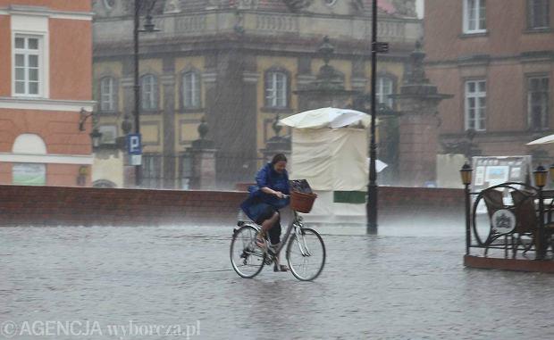 Deszczowa pogoda w stolicy