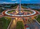 Wisz�ce rondo dla rowerów, czyli infrastruktura, o jakiej nie marzyli�my