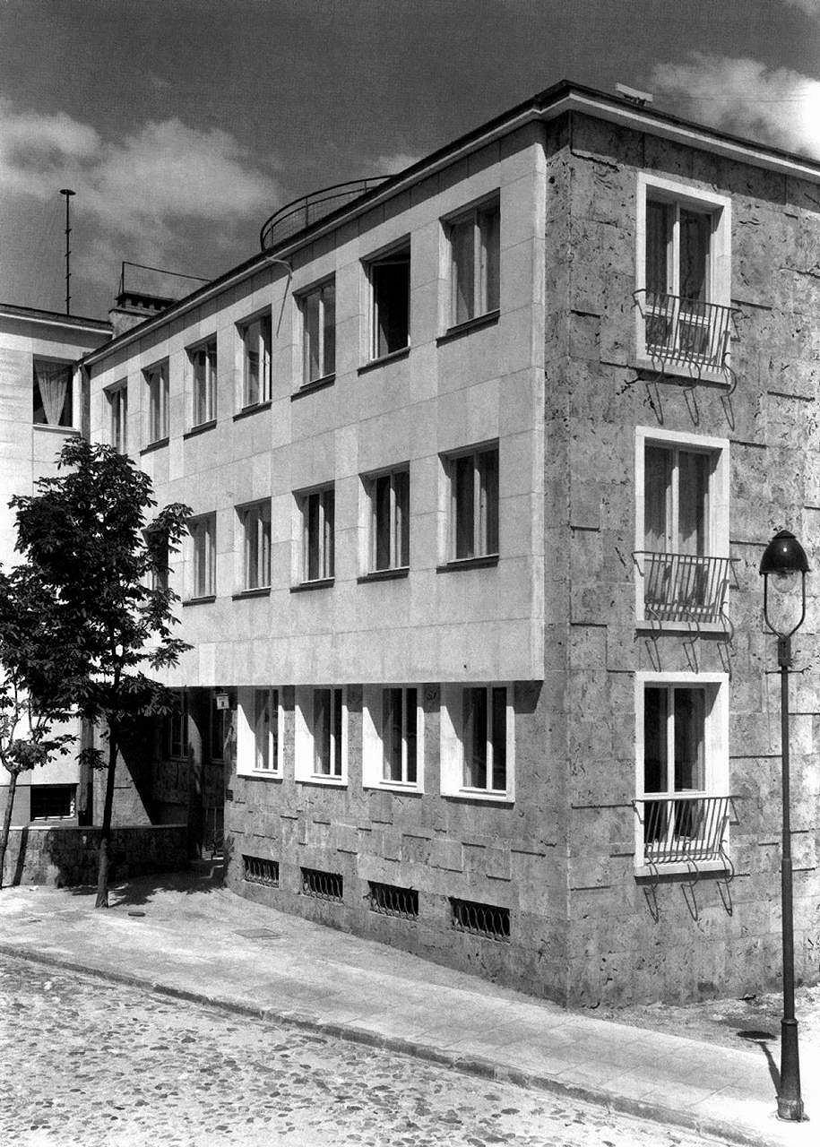Zdjęcie numer 2 w galerii - Zobacz bezcenne zdjęcia nowoczesnej Warszawy z lat 30.