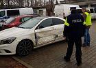 Policyjny pościg na autostradzie A2. Samochód z nastoletnią uciekinierką staranował bramkę