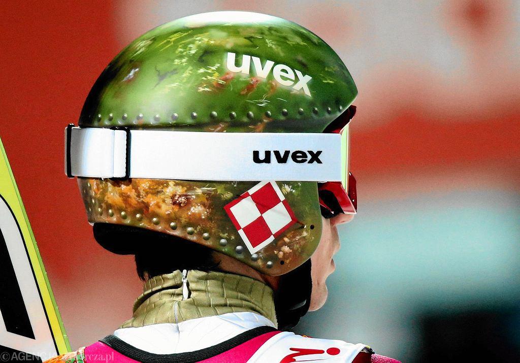 Kamil Stoch i jego kask podczas Igrzysk Olimpijskich w Soczi