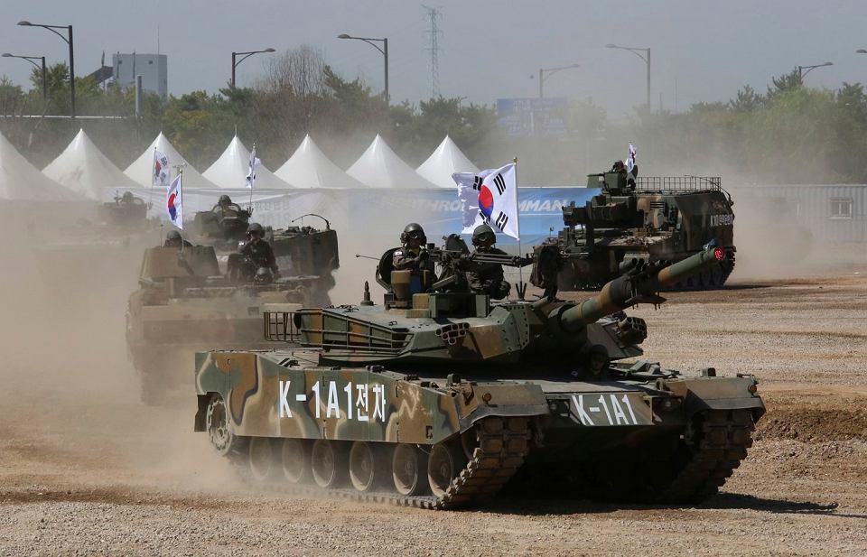 Czołgiści armii południowokoreańskiej w K-1A1