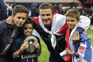 Liga angielska. Drugi syn Beckhama pi�karzem akademii Arsenalu