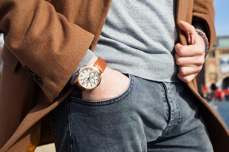 Złotawy zegarek to dobry pomysł?