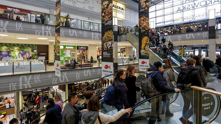 Zakaz handlu zmienia przyzwyczajenia zakupowe