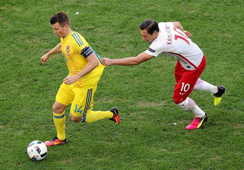 Grzegorz Krychowiak i Rusłan Rotan podczas meczu Polska Ukraina w fazie grupowej Euro 2016