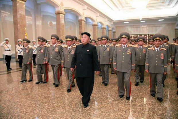 Kim Dzong Un jest chory? Re�im Korei P�n. nie ukry� z�ej formy swojego przyw�dcy [WIDEO]