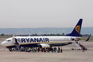 Piloci Ryanaira dotrzymali słowa. Wielki strajk rozpoczęty. Prawie 400 lotów odwołanych. Ucierpią też Polacy