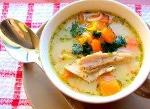 Przepyszna zupa z dyni z dodatkiem kremowego serka - ugotuj