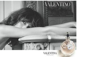 Freja Beha Erichsen w kampanii perfum Valentino