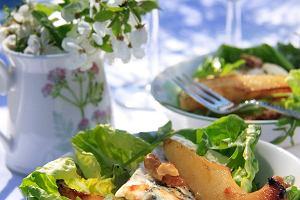 Sałata z rukoli z karmelizowanymi gruszkami