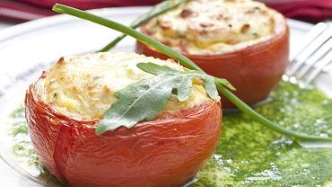 Pomidory faszerowane karczochami i serem Manouri