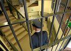 Więzień napisał skargę, że... przytył za kratami