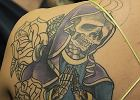 Kto ma tatua� ze szkieletem Matki Boskiej?
