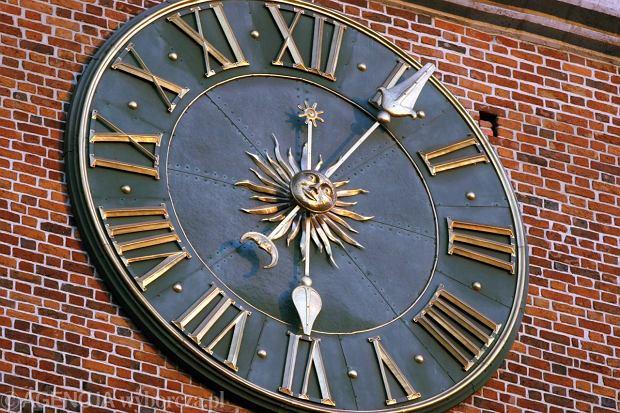 PSL wniósł projekt ustawy, która likwiduje zmiany czasu. Przez cały rok ma obowiązywać czas letni
