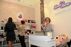 Love Store: pierwszy sex-shop dla kobiet