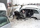 Toyota zderzyła się z dostawczym VW. Dwie osoby ranne
