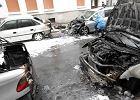 Spalone auta na ul. Oleandrów w Warszawie