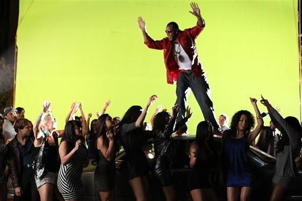 """Raper opublikował utwór """"I Don't Like It, I Love It"""" z gościnnym udziałem Thicke."""